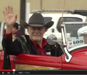 gerald_mcraney_BurbankParade2015_snap